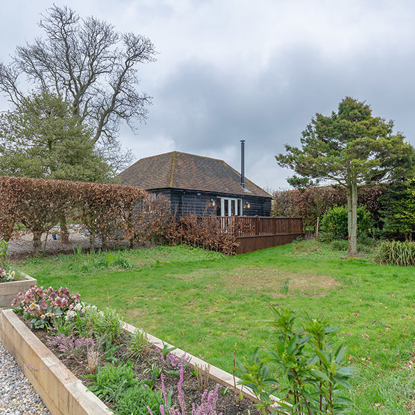 Cold Blow Holiday Cottage - Hastingleigh, near to Ashford, Kent